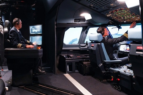 均瑶集团成为世界高等级飞行模拟器制造者