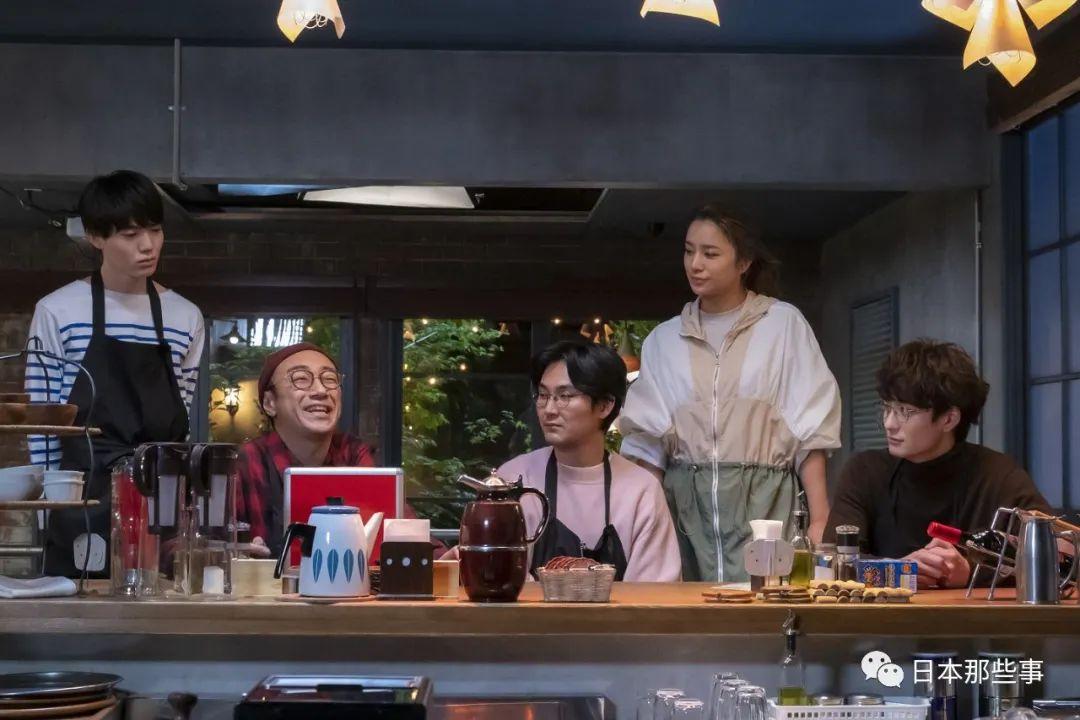 松田龙平与混血模特恋情曝光 两人相恋两年差15岁
