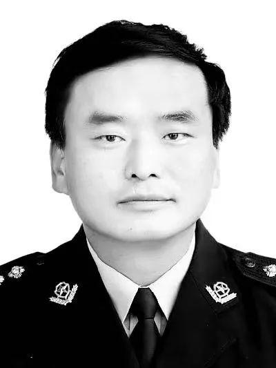 曾4次在工作途中突然休克 54歲公安局政委因公殉職
