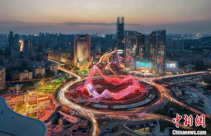 中国光谷迈向世界光谷:荒野之地崛起创新城
