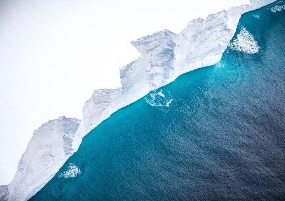 世界最大冰山消失了?风云卫星记录它的最后旅途
