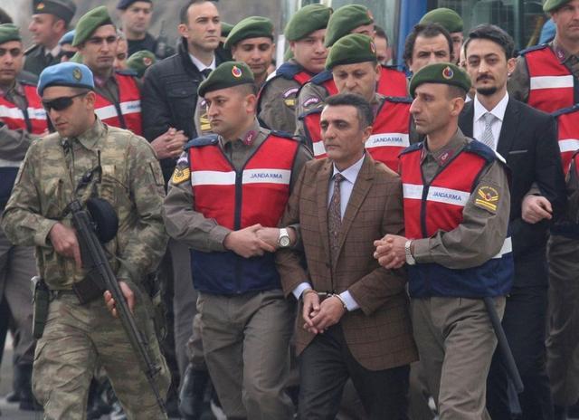 参与暗杀的士兵受审。图片来源:新椰视点