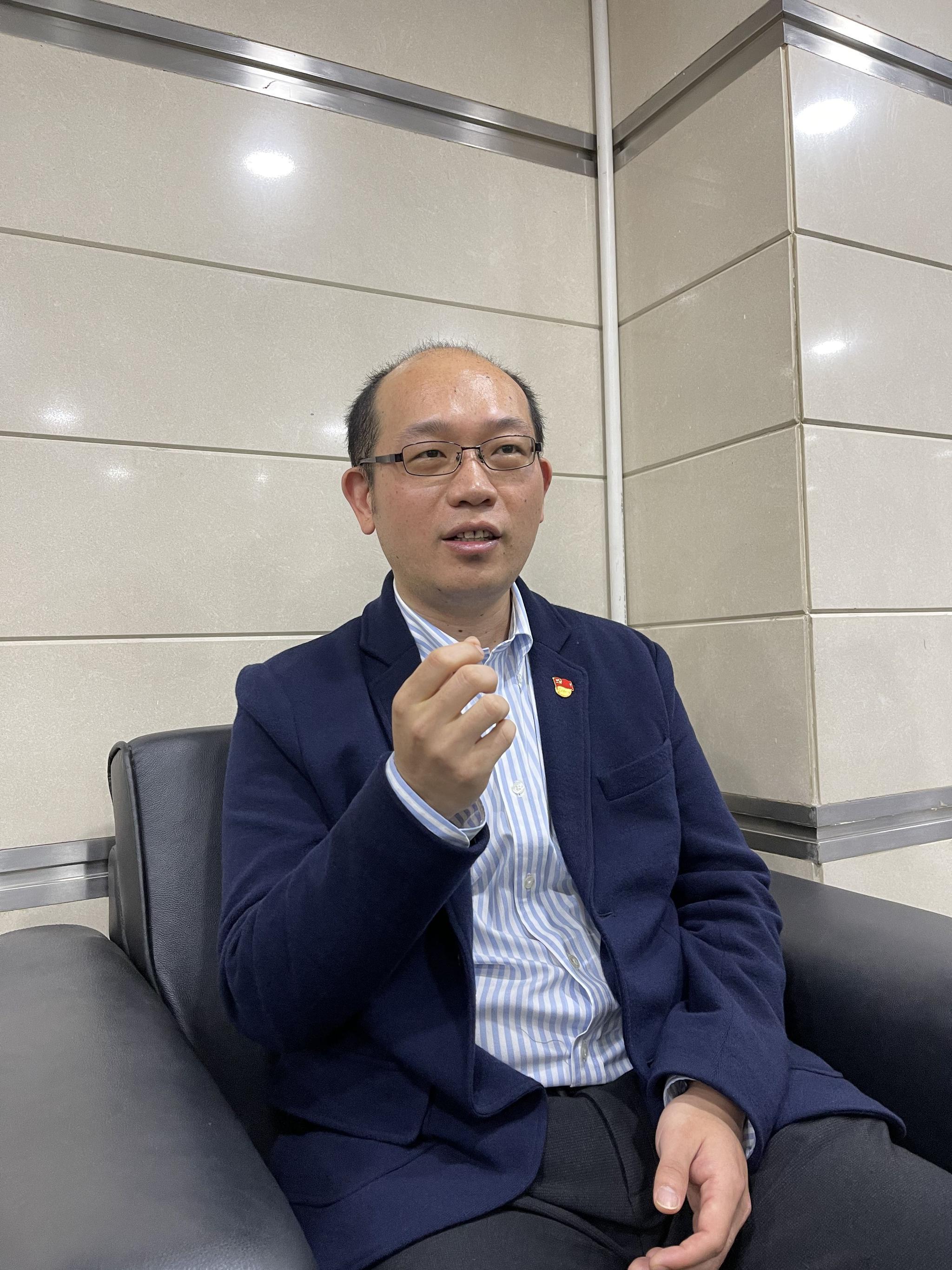 北京市人社局劳动关系处副处长王林。新京报记者 吴为 摄