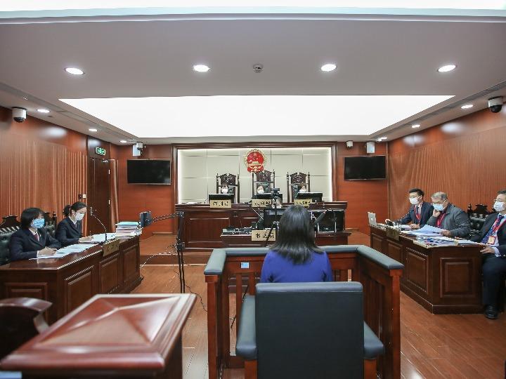 庭审现场(上海市第三中级人民法院供图)