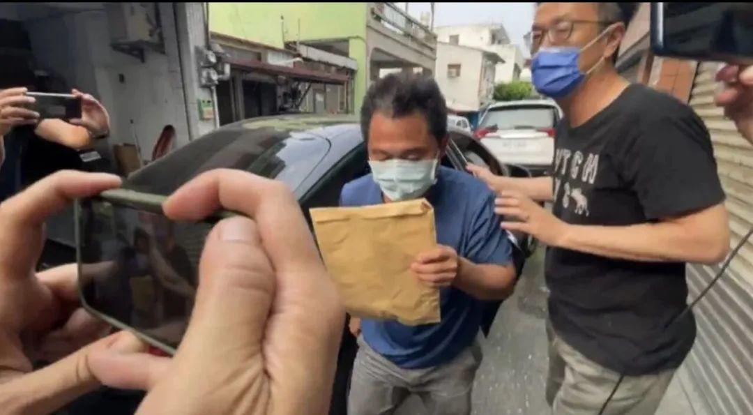 孫政才連夜研究部署重慶防汛抗災工作