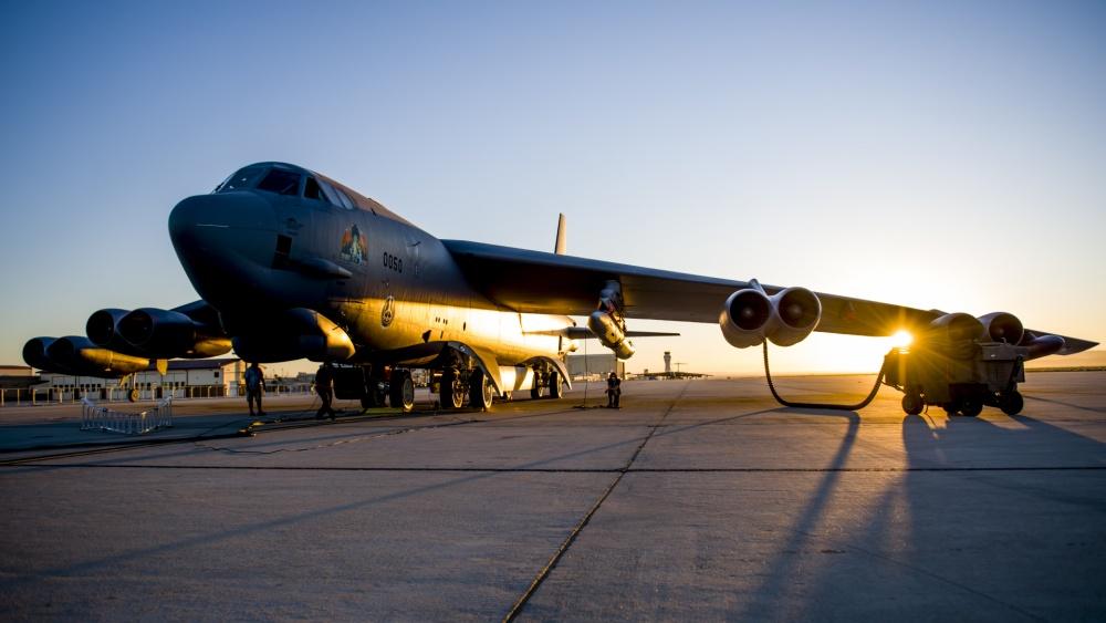 携带AGM-183A ARRW高超音速导弹的B-52轰炸机 图自美国空军社交媒体账号