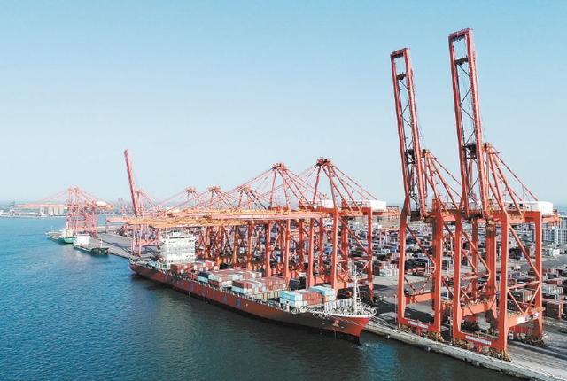 商务部:外贸企业在手订单较去年有所改善 我国一季度外贸开局良好