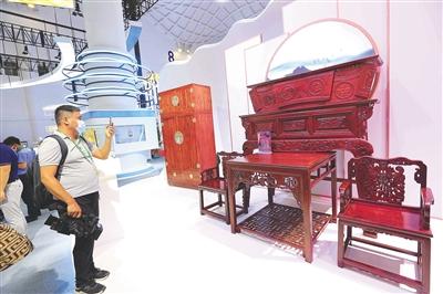 2000多万元的海南黄花梨家具被预订