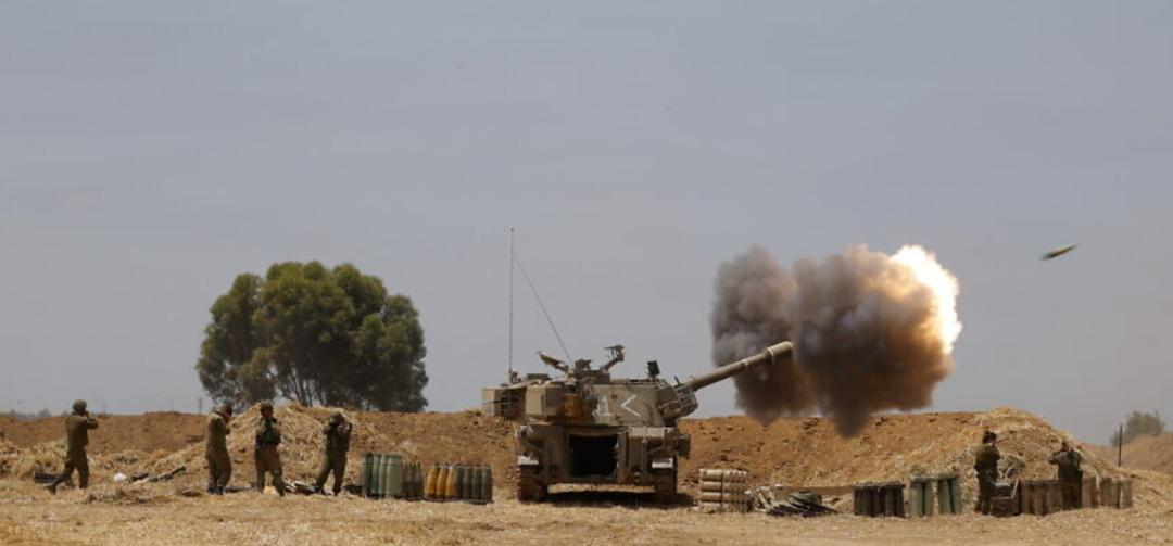 以色列军队炮击加沙(资料图)