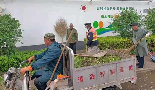 河北省安国市开展垃圾清零行动 提升农村人居环境