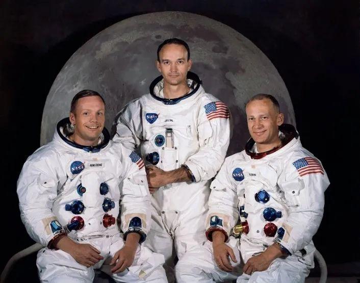 迈克尔•柯林斯:是探月英雄,但没登上过月球