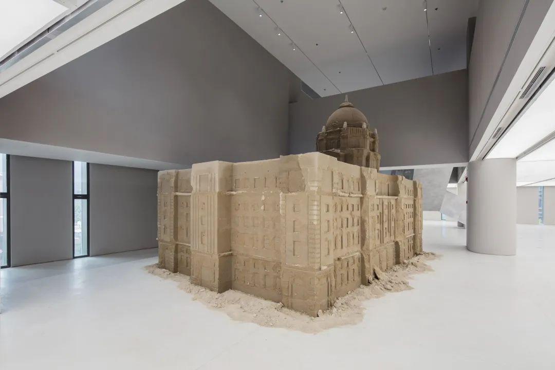 """聚焦当代艺术的""""激浪之城"""",尤伦斯艺术中心上海新空间首展"""