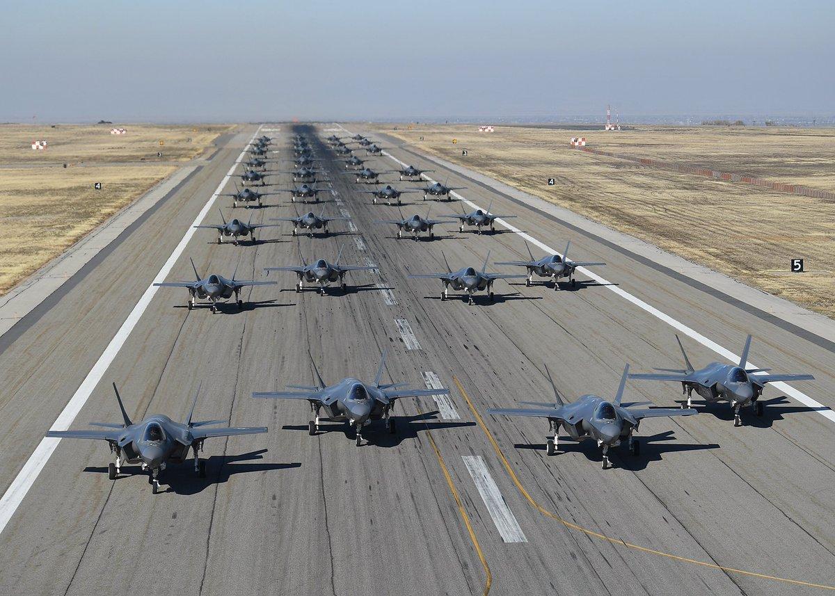 美国空军388战术战斗机联队大象漫步 图源:美国空军