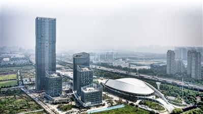 杭州东部湾总部大楼预计9月竣工 将成钱塘江畔标志性建筑