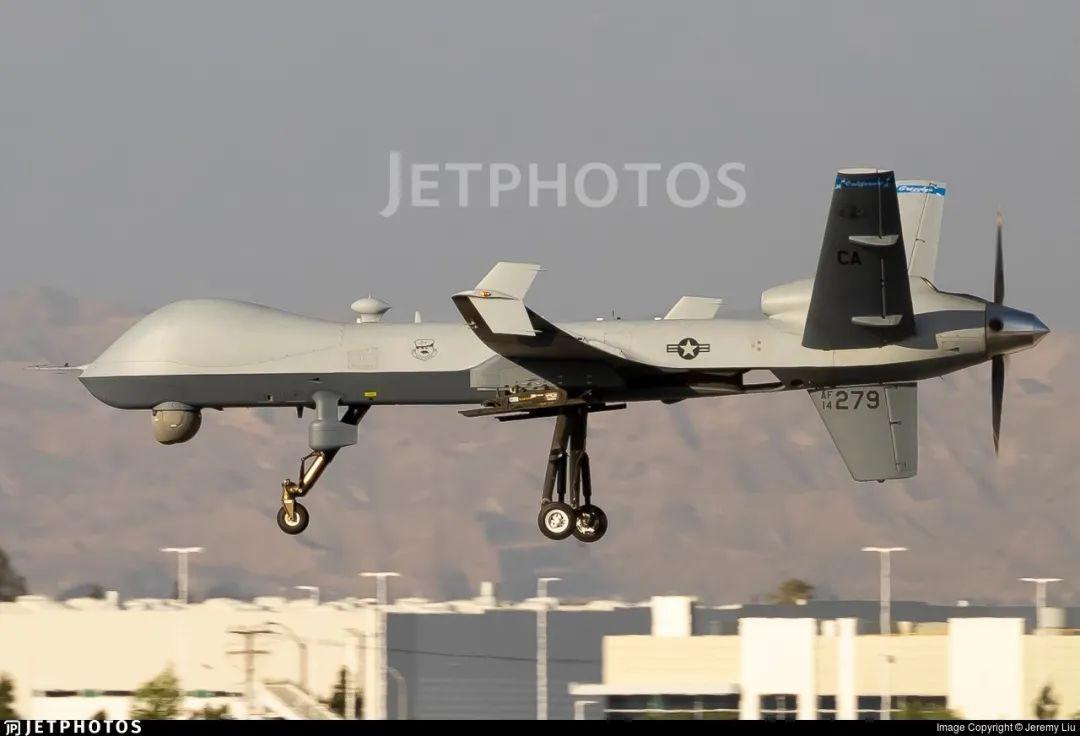 """资料图片:美国空军计划减少对MQ-9""""死神""""无人机的采购(美国雅虎新闻网站)"""