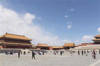 5月1日北京公园接待游客114万人次