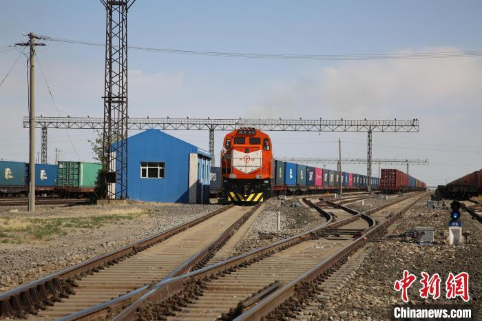 中蒙唯一铁路口岸中欧班列今年破1000列 较去年提前36天