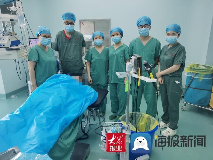 菏泽市立医院儿科为患儿行支气管异物取出术 术中取出一骨头渣
