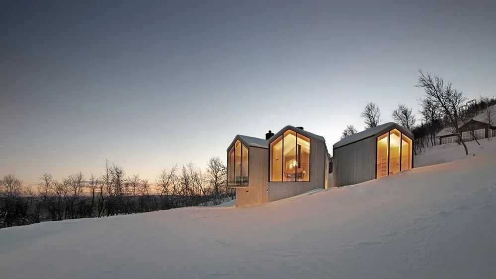●挪威滑雪胜地的小木屋图源:网络
