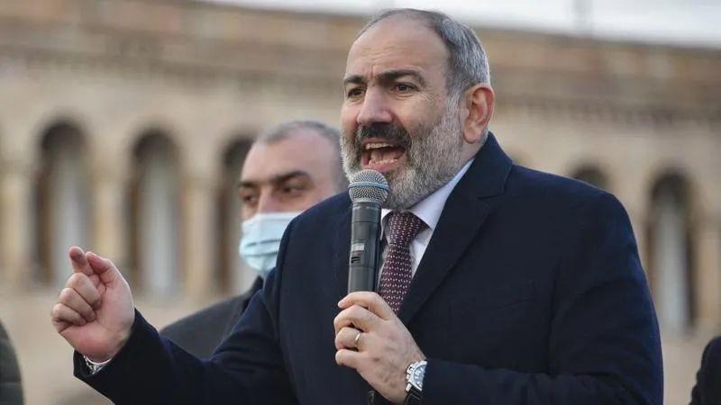 亚美尼亚看守总理帕希尼扬(资料图)