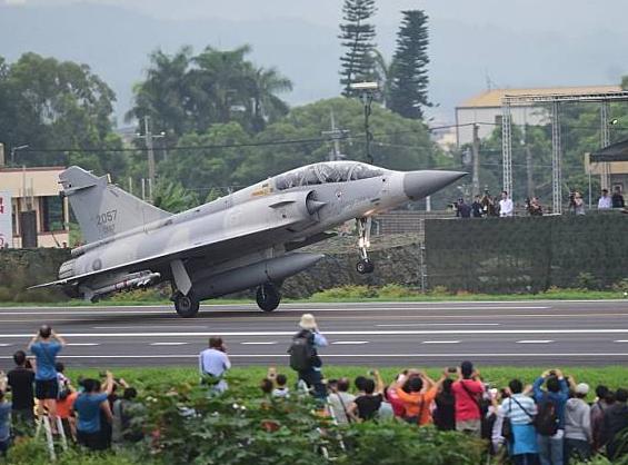 整修一年 台空军新竹基地终于重新开张