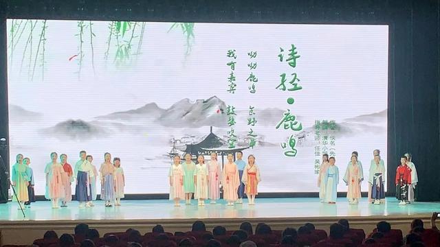 """兰州市举行""""活态非遗—端午·诗歌里的中国""""吟咏朗诵活动"""