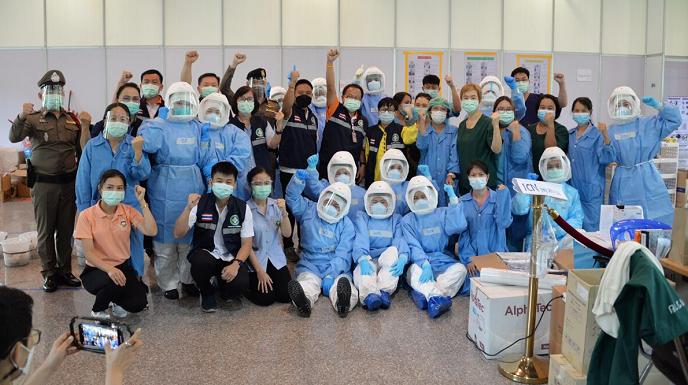 泰国清迈方舱医院休舱 过去一周新增确诊病例已降至个位数