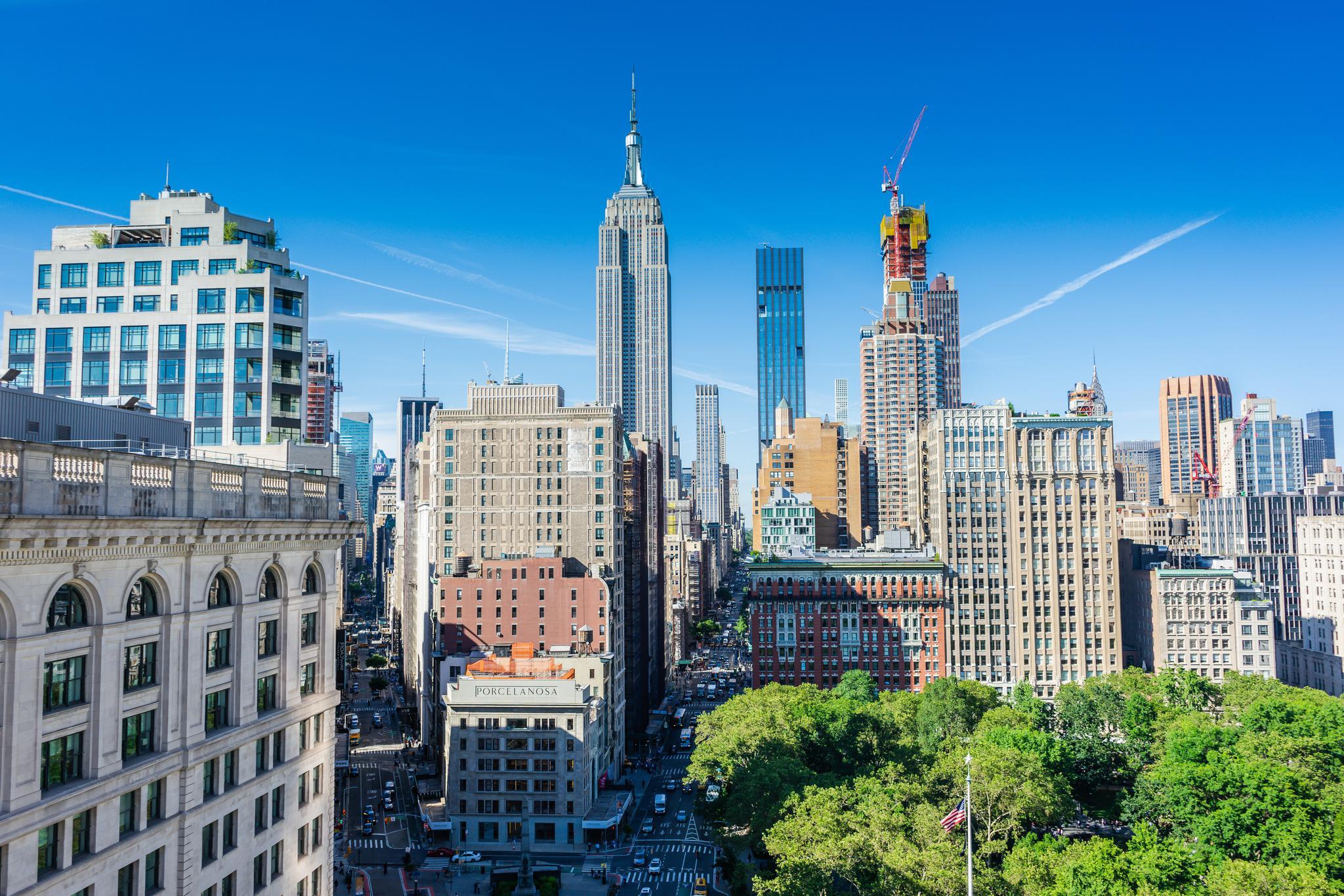 曼哈顿写字楼需求减少了吗?债券投资者的答案是,它们仍受追捧