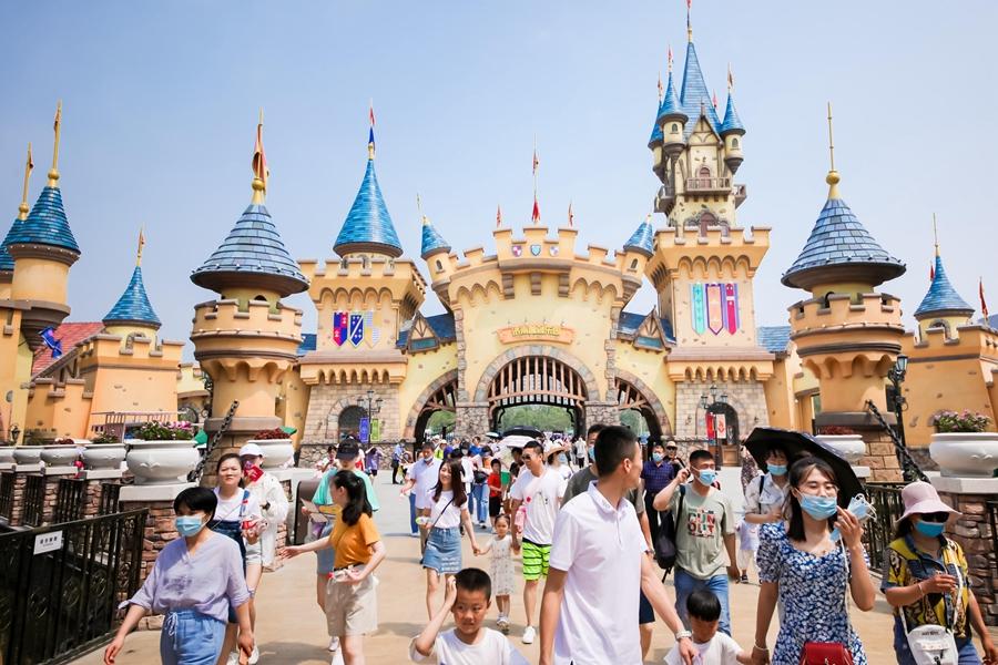 端午小长假第一天 济南融创文旅城接待游客11万人次