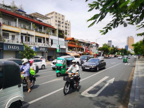柬埔寨首都金边多名官员感染新冠
