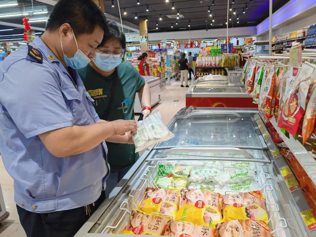 滨城区市场监管局开展端午节前食品安全检查