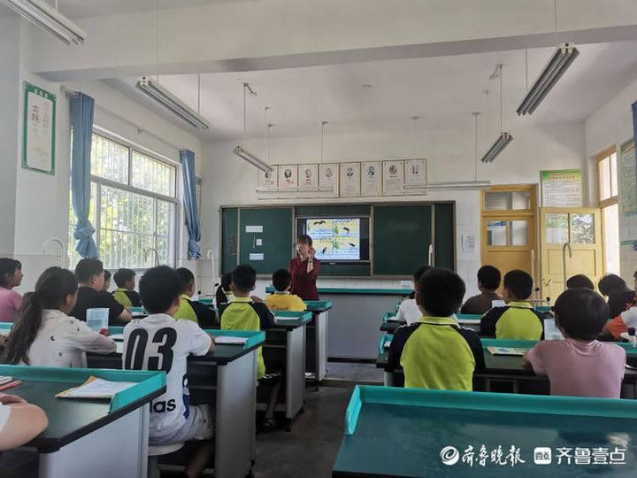 东昌府区张炉集镇中心小学开展数学大教研活动