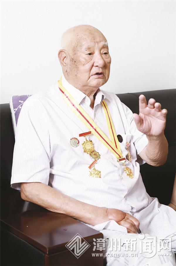 奋战在两个战场上的英勇战士 ——记原鲁南铁道游击队战士李庆益