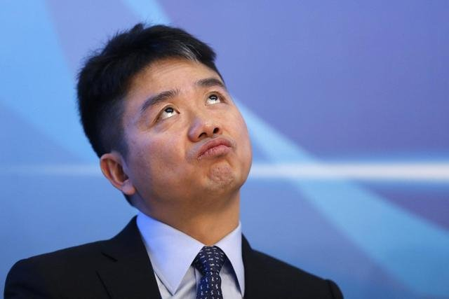 国家再提共同富裕,刘强东也早就反思,房地产行业是关键