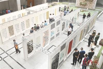 我市举办庆祝建党100周年书法篆刻美术摄影作品展