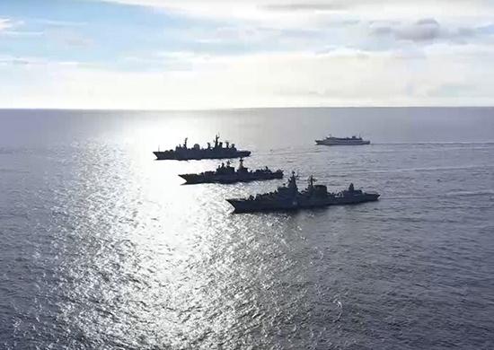 视频丨俄海空编队罕见靠近夏威夷演习,美方出动战机航母应对