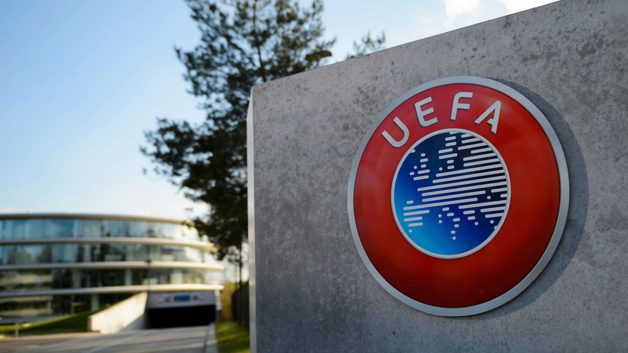 跟队记者:欧足联已致信尤文,告知他们可踢欧冠