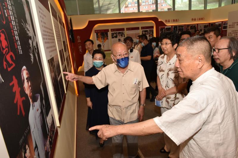 庆建党100周年 丁荫楠主旋律红色电影艺术展在京开幕
