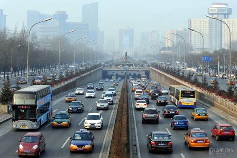广州将启用机动车单双号限行 国二汽油车限行