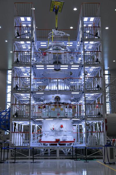 航天员肌肉酸咋办? 揭秘太空厨房和医院