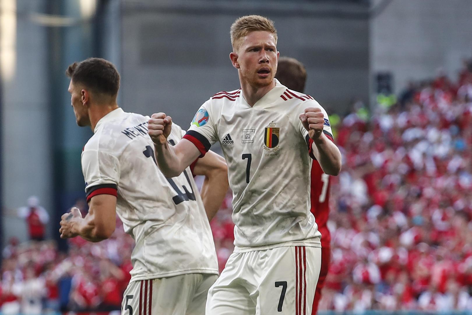 面部骨折尚未痊愈的德布劳内力挽狂澜,淘汰赛上比利时将更可怕!