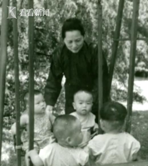 """宋庆龄一生无子 却拥有最伟大的""""母爱"""""""