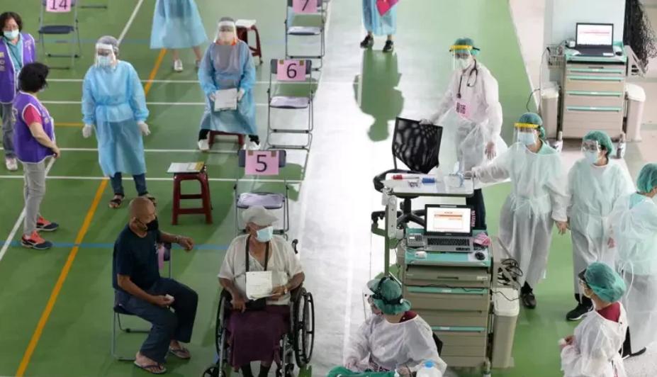 打疫苗猝死事件频发 台湾接种率骤降数千人爽约