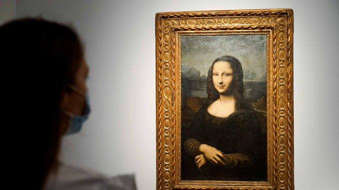 《蒙娜丽莎》摹本在法国以2200万元拍出 拥有者坚称其为真迹