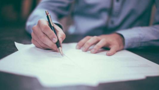研究人员公开新数学模型:探索学生偿还助学贷款最佳方式