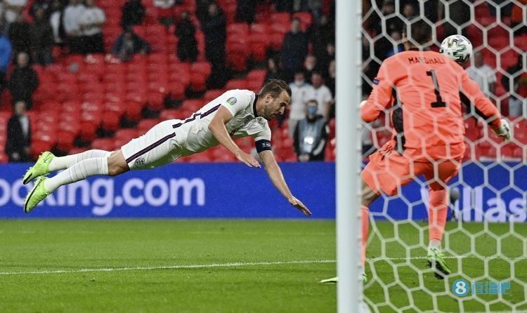 半场-斯通斯头球中柱皮克福德救险 英格兰0-0暂平苏格兰