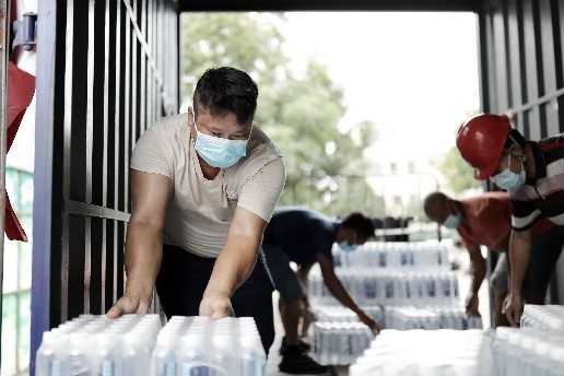 广梅同心抗疫,蕉岭平远两县捐赠物资驰援南沙