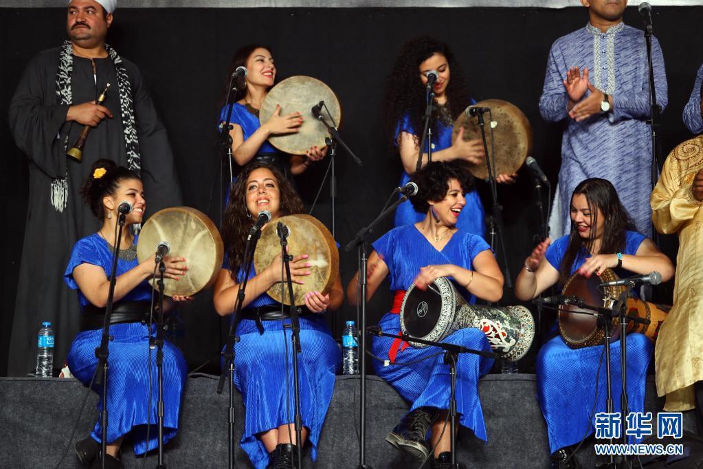 第八届埃及国际鼓乐与传统艺术节在开罗闭幕