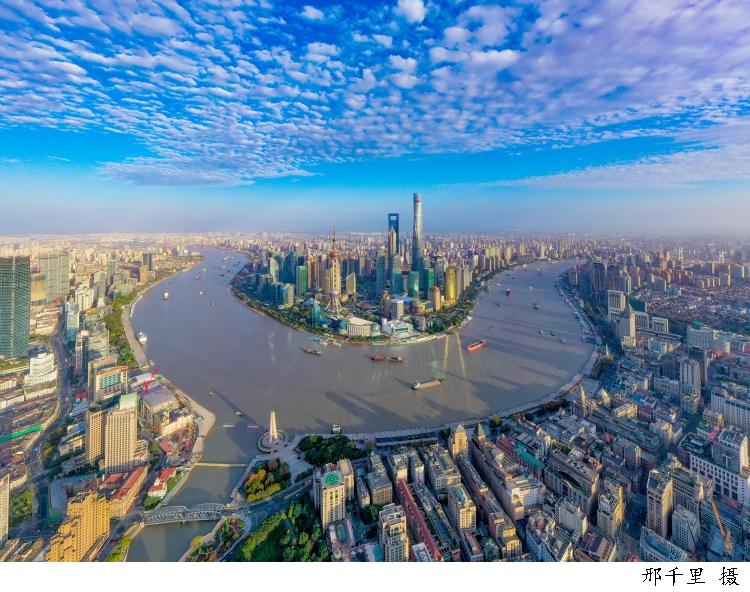 推动高质量就业、满足学生需求,上海青联服务大学生就业实习校园招聘会今天举行