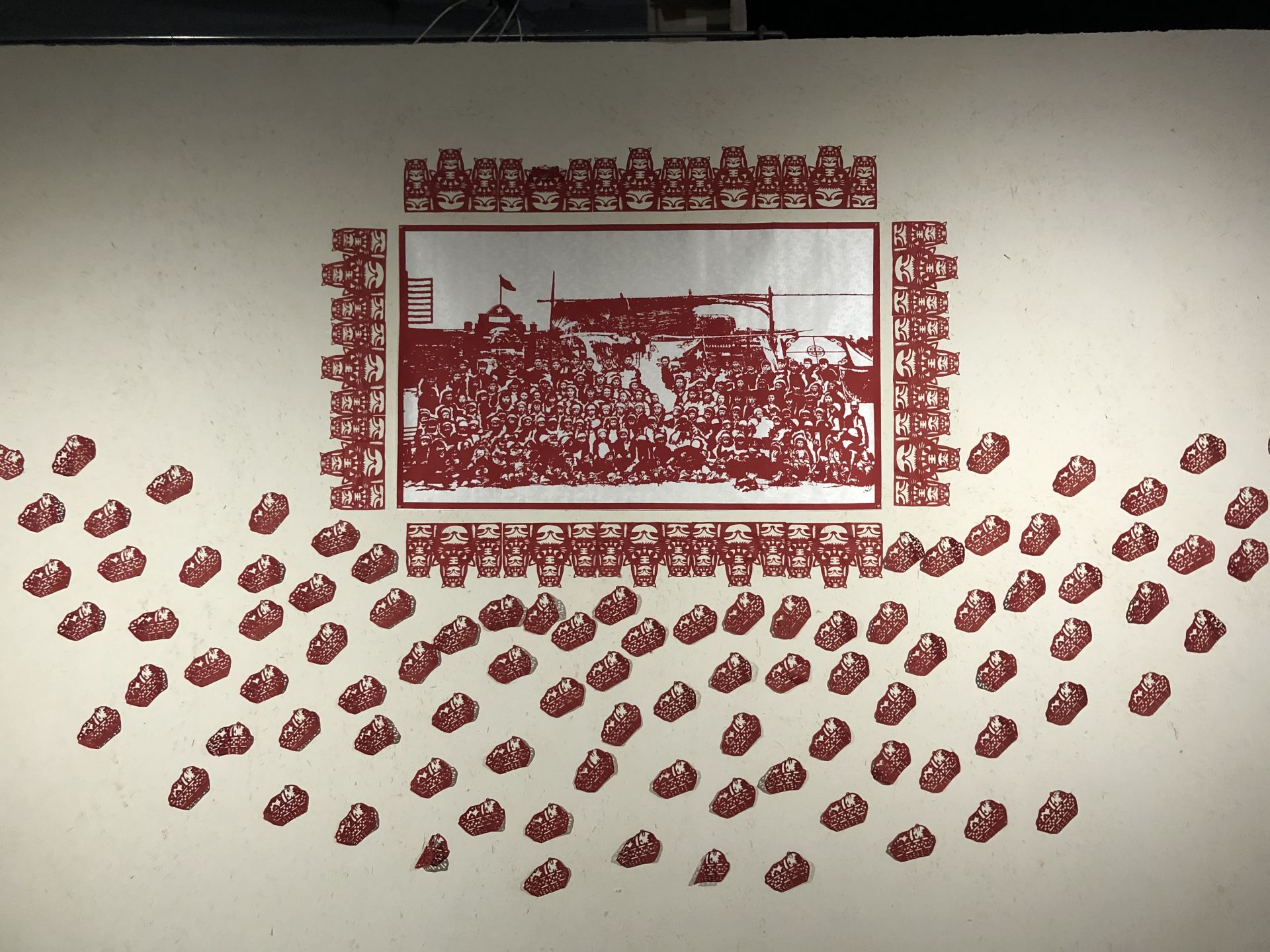 """""""重塑中国心灵""""展上海明当代美术馆开幕 中央美院学生交出思政课优秀作业"""
